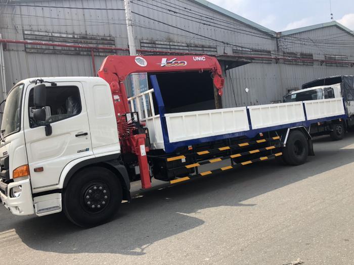 Xe tải Hino FG8JT7A-H  6 tấn 95 gắn cẩu Unic 5 tấn 5 đốt 4