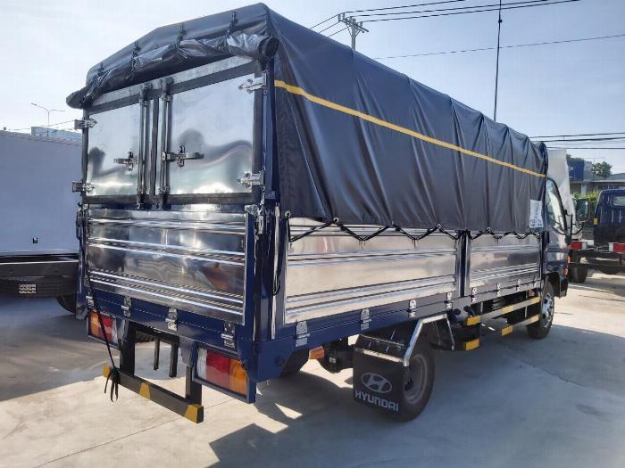 Giá xe tải Hyundai New N250SL 8