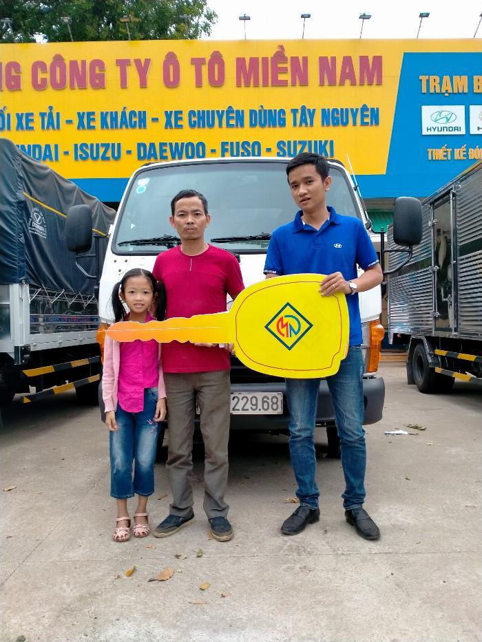 Giá xe New Porter 150 trả góp h150 thùng mui bạt 12