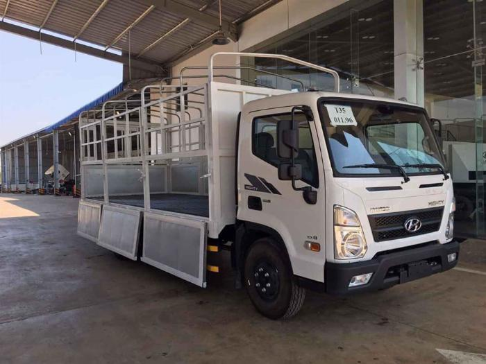 Hyundai Mighty EX8 3