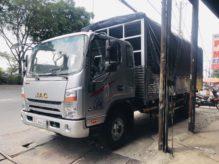 Xe tải Jac 6 tấn 5 động cơ cumins 2