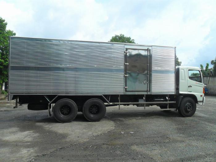 XE TẢI HINO 500 SERIES - EURO 4 - MODEL FL 8