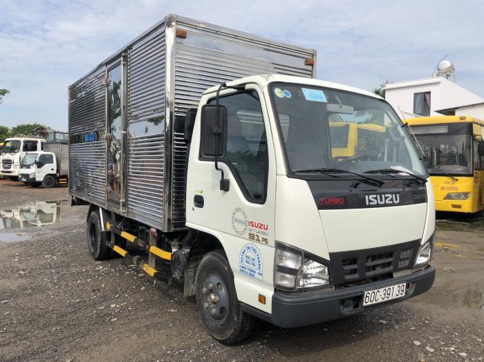 Isuzu QKR 2 tấn thùng kín đời 2017 cũ đã qua sử dụng