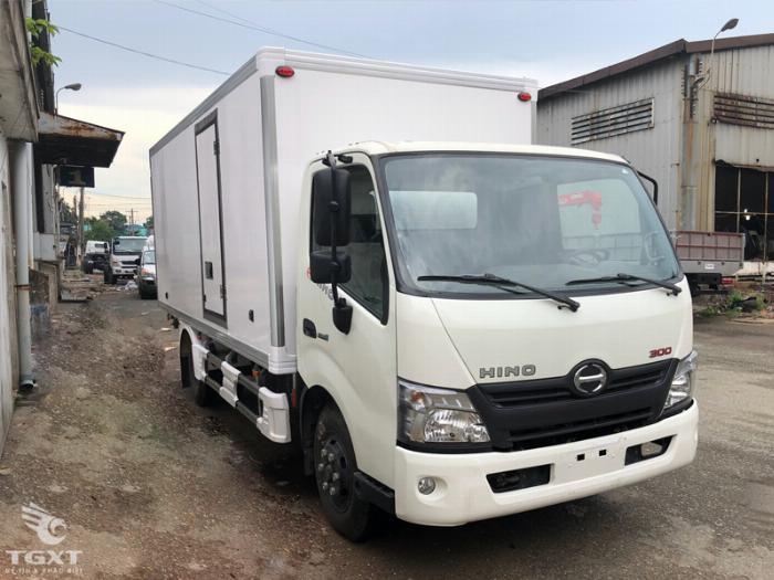 Xe tải hino 300 series - 3 tấn 5 giá rẻ 9
