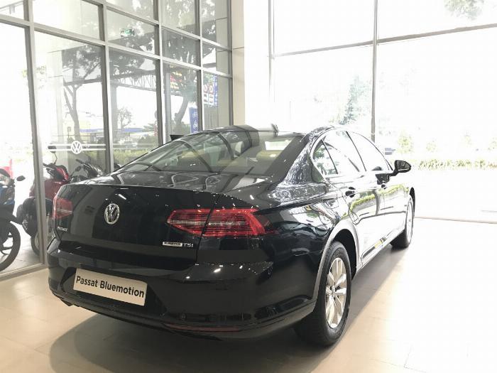 Volkswagen Passat BlueMotion Comfort Ưu đãi khủng chỉ còn 1 tỷ 214 triệu 1