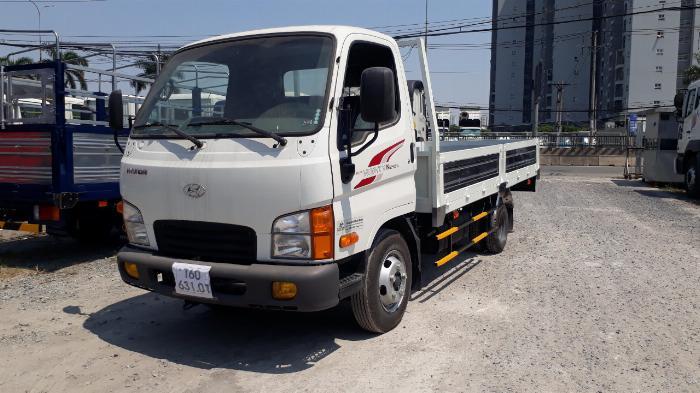 Hyundai N250SL 2,4 Tấn Thùng Dài 4,3m Lưu Hành Trong TP.HCM Vào Giờ Cao Điểm. 2
