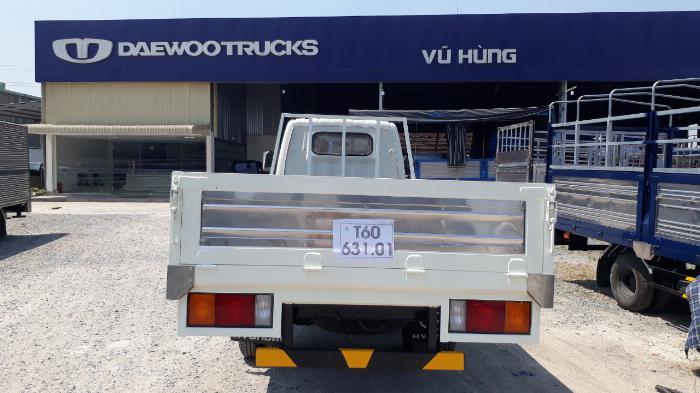 Hyundai N250SL 2,4 Tấn Thùng Dài 4,3m Lưu Hành Trong TP.HCM Vào Giờ Cao Điểm. 7