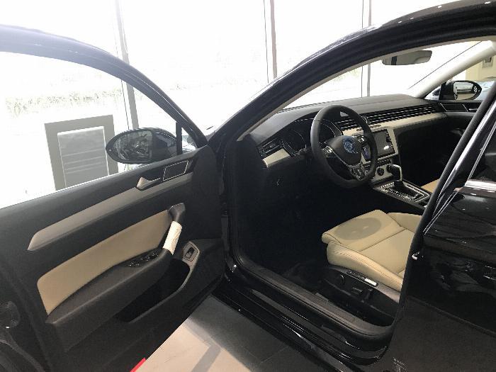 Volkswagen Passat BlueMotion Comfort Ưu đãi khủng chỉ còn 1 tỷ 214 triệu 3