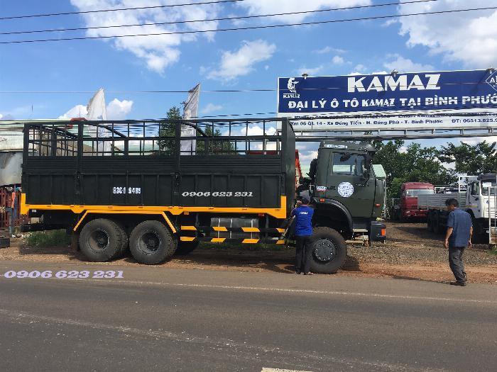 Xe tải thùng 53228 (6x6) 3 cầu chủ động | Kamaz 53328 thùng 6,7m 13