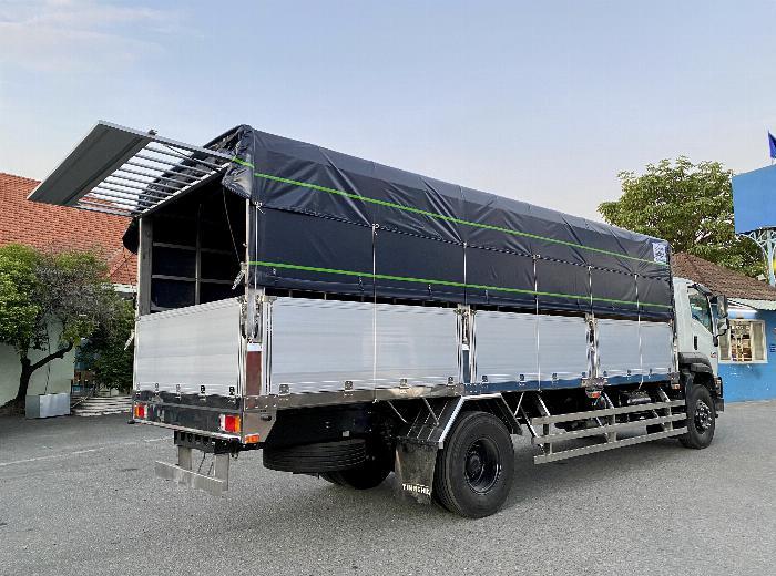 Xe tải Isuzu 8T Thùng Bạt 7m4, 8m2, 9m6, KM 20 tr 4