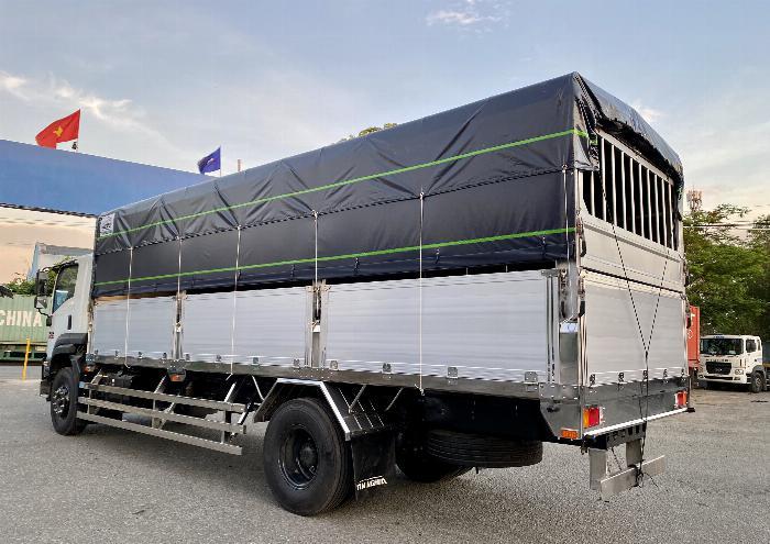 Xe tải Isuzu 8T Thùng Bạt 7m4, 8m2, 9m6, KM 20 tr 5
