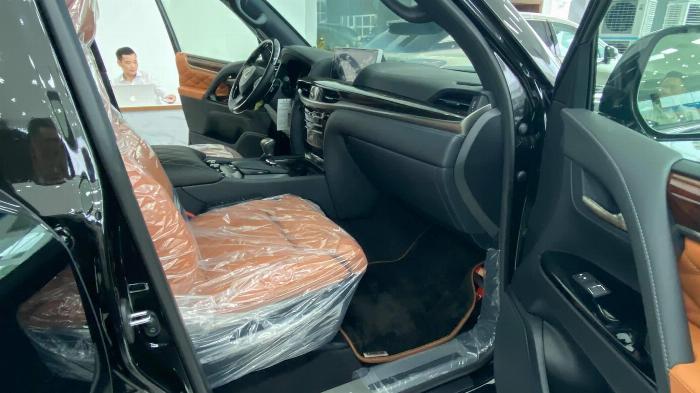 Giao ngay. Giá tốt. Lexus LX 570 Super Sport MBS,sản xuât 2020 7