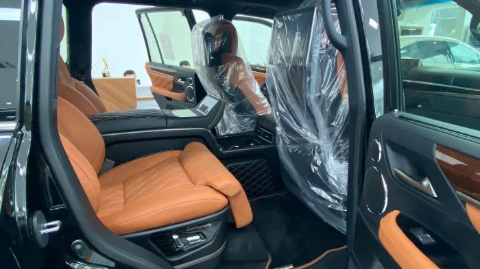 Giao ngay. Giá tốt. Lexus LX 570 Super Sport MBS,sản xuât 2020 10
