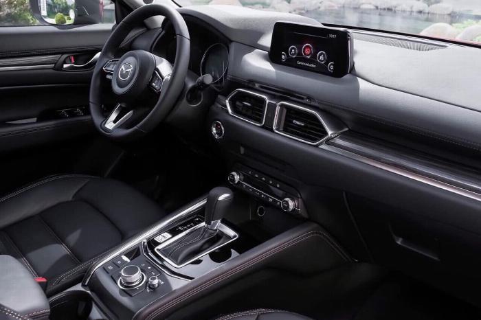 Bán Mazda NEW CX5 2020, trả trước 240 triệu nhận xe, mỗi tháng trả ngân hàng 12 triệu 2