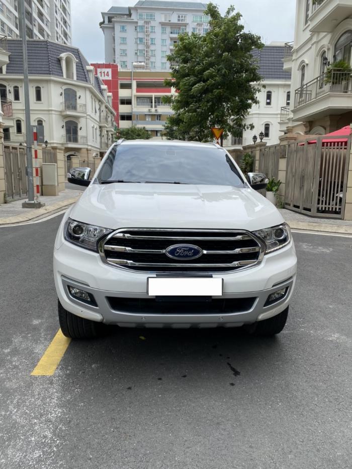 Bán xe ford Everest titanium 1 cầu màu trắng 2018 9