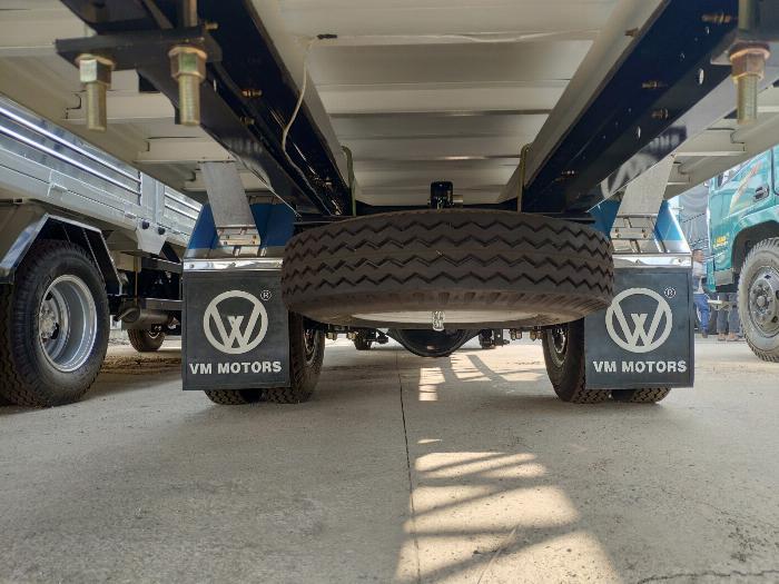 Đại lý xe tải isuzu 1t9 - thùng bạt 6m2 chở hàng bao bì giấy vào thành phố 5
