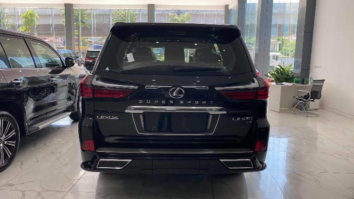 Bán Lexus LX 570 Super Sport sản xuất 2020, nhập trung đông và Mỹ, xe giao ngay,giá tốt nhất thị trường. 3