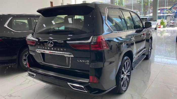 Bán Lexus LX 570 Super Sport sản xuất 2020, nhập trung đông và Mỹ, xe giao ngay,giá tốt nhất thị trường. 4