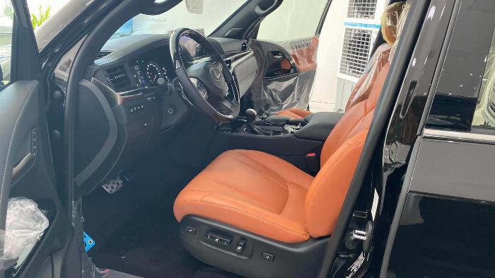Bán Lexus LX 570 Super Sport sản xuất 2020, nhập trung đông và Mỹ, xe giao ngay,giá tốt nhất thị trường. 6