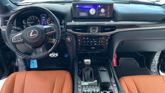 Bán Lexus LX 570 Super Sport sản xuất 2020, nhập trung đông và Mỹ, xe giao ngay,giá tốt nhất thị trường. 1