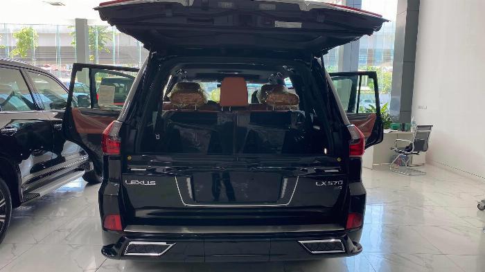 Bán Lexus LX 570 Super Sport sản xuất 2020, nhập trung đông và Mỹ, xe giao ngay,giá tốt nhất thị trường. 5