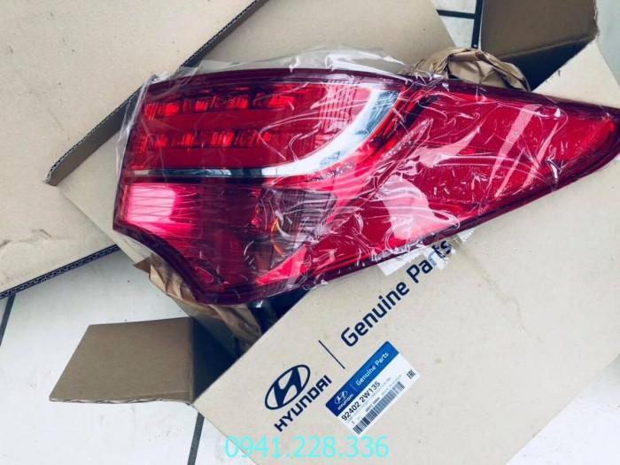 924012W135 924022W135 Đèn hậu ngoài phải Hyundai Santafe