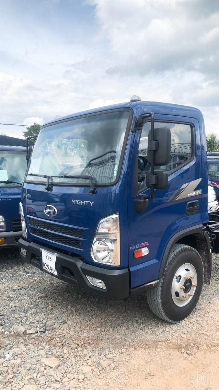 Hyundai 8 tấn EX8 - thùng dài 5m7 0
