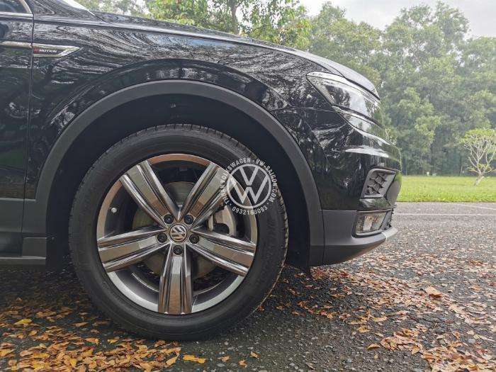 ✅Volkswagen Tiguan Luxury S - đủ màu, giao xe ngay và giá đặc biệt tháng 07/2020 ✅LH: Mr Thuận 0932168093 | VW-SAIGON.COM 2