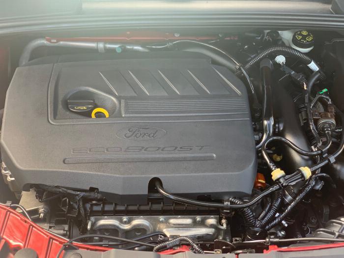Ford Focus Sport 5 cửa bản Full 12