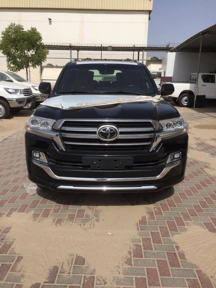 Bán Toyota Land Cruise VXS 5.7 MBS, 4 ghế thương gia,sản xuất 2020,xe giao ng 11
