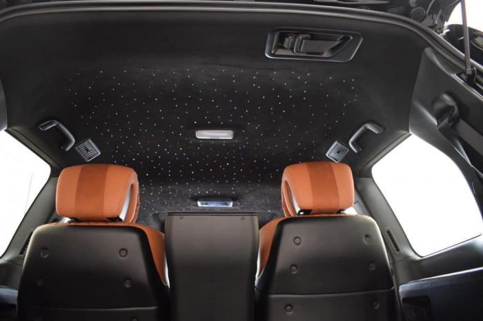 Bán Toyota Land Cruise VXS 5.7 MBS, 4 ghế thương gia,sản xuất 2020,xe giao ng 0