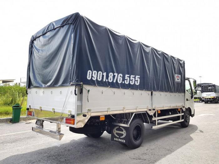 Hino XZU720L thùng dài 5m2 hỗ trợ vay cao toàn quốc 1