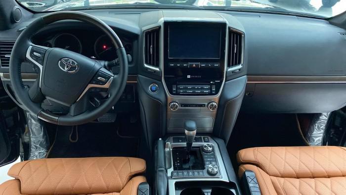 Bán Toyota Land Cruise VX S 5.7 sản xuất 2020, 4 ghế Massage siêu Vip,xe giao 11