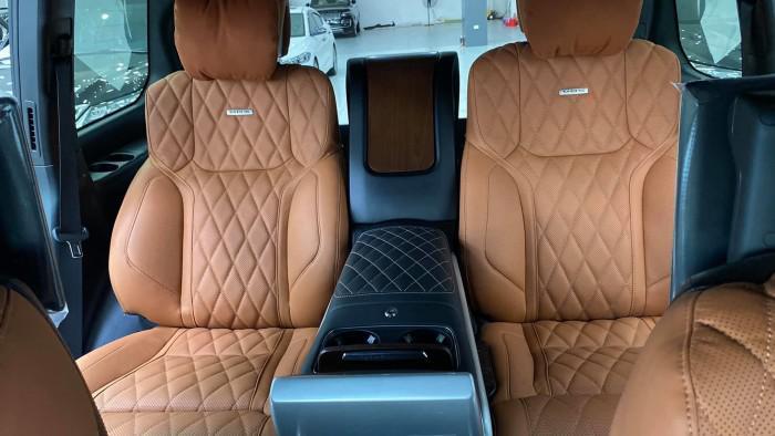 Bán Toyota Land Cruise VX S 5.7 sản xuất 2020, 4 ghế Massage siêu Vip,xe giao 7