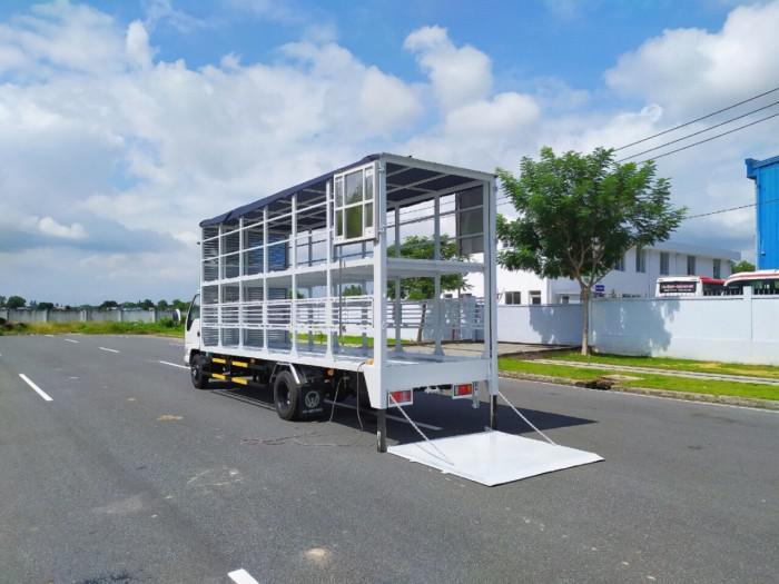 Báo giá xe tải isuzu vm 1,8t Thùng chở xe máy 6,2m bửng nâng 1