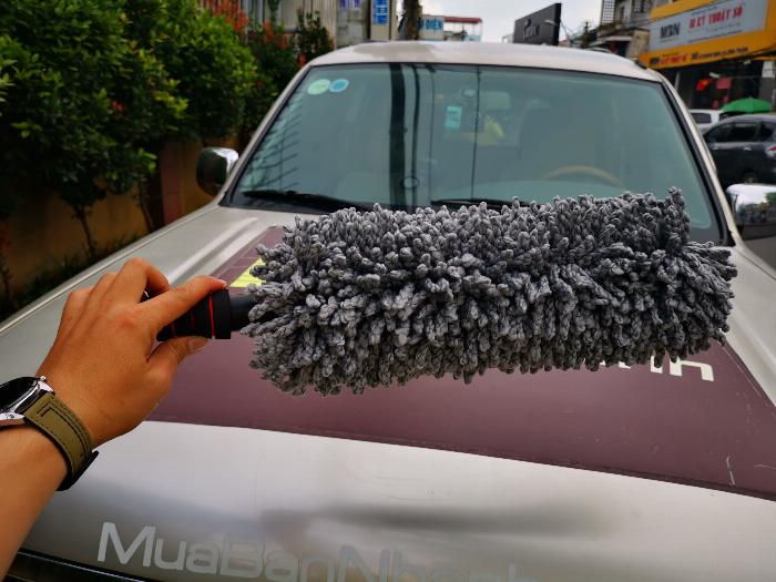 Chổi lau bụi sợi dầu cán dài co rút vệ sinh xe chuyên dụng