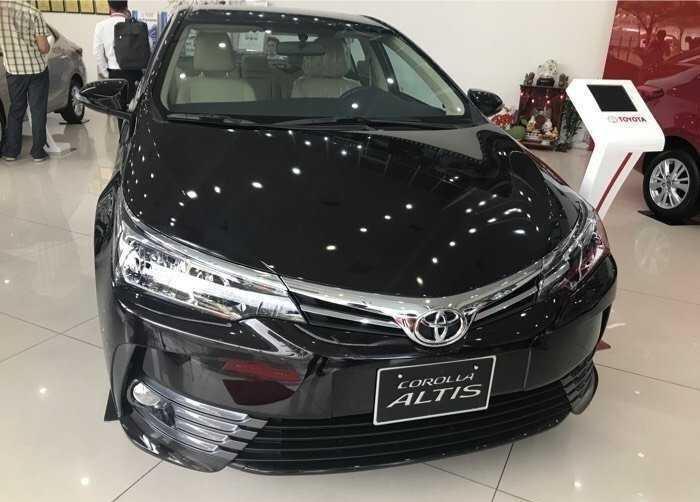 Giá xe Toyota Altis lăn bánh & khuyến mãi mới nhất