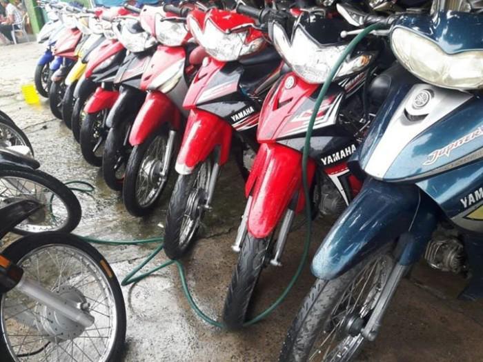 Có nên mua xe máy cũ không?