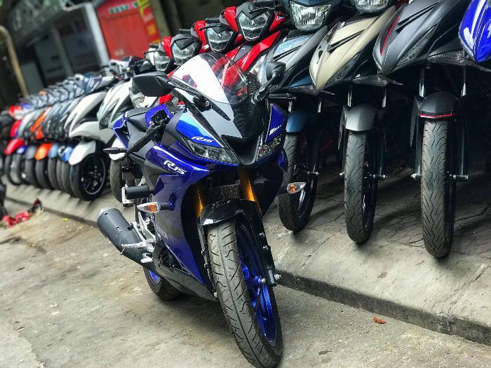 Xe máy Hùng Tịnh