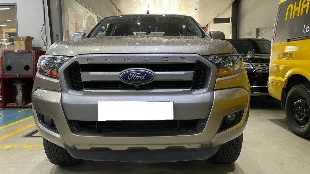 Ford Ranger Xls Mt 2016 Ghi Vàng.