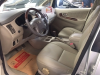 Toyota Innova V sản xuất năm 2013 Số tự động Động cơ Xăng