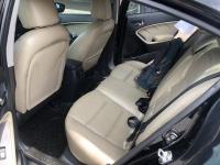 Bán Kia Cerato 1.6AT màu đen VIP số tự động sản xuất 2017 đi 30.000km