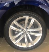 Volkswagen Passat sản xuất năm 2019 Số tự động Động cơ Xăng