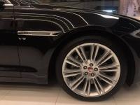Jaguar sản xuất năm 2018 Số tự động Động cơ Xăng