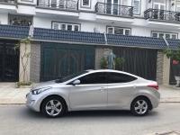 Hyundai Elantra sản xuất năm 2014 Số tự động Động cơ Xăng