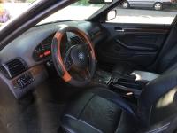 BMW 325i sản xuất năm 2002 Số tự động Động cơ Xăng