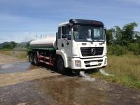 xe phun nước rửa đường 12m3 dongfeng