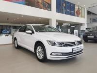 Volkswagen Passat sản xuất năm 2018 Số tự động Động cơ Xăng