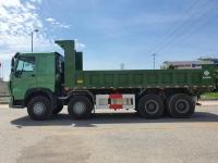 Xe ben Howo 4 chân thùng vuông, thùng dày 8/10mm, cabin V7G, sản năm 2020