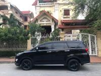 Xe gia đình bán Toyota Innova ventuner 2018, số tự động, màu đen